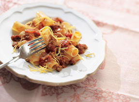 Quick and Easy Chili Beef Pasta
