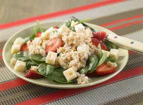Quinoa, Spinach and Berry Salad