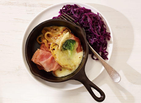 Raclette de Compton au Poivre with Beer-Braised Red Cabbage Recipe