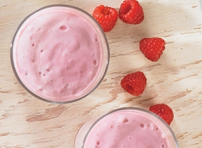 Raspberry-Ricotta smoothie