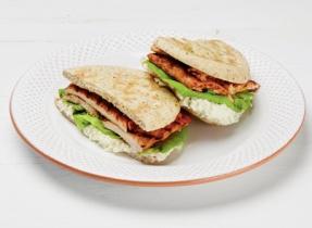 Ricotta and Grilled Tandoori Chicken Sandwich