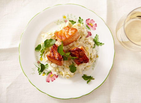 Salmon over Cream Cheese Mashed Potatoes Recipe