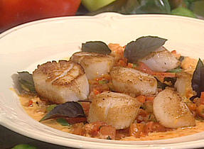 Scallops with Le Cendré Cheese, Pepper Ratatouille and Red Pepper Sauce