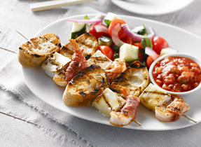 Shrimp and Brie Cheese Brochettes
