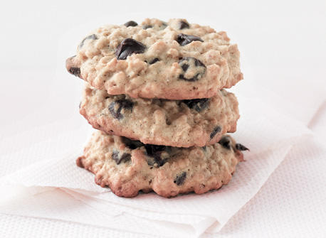 Soft & Chewy Oatmeal Chocolate Chip Cookies Recipe