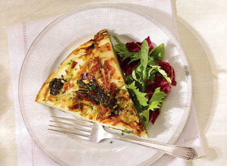 Spanish Tortilla with Applewood COWS CREAMERY Appletree Smoked Cheddar Recipe