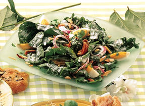 Spinach Salad with Chunky Blue Cheese Dressing