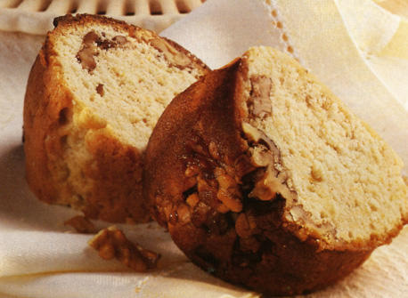 Sticky Date And Walnut Cake