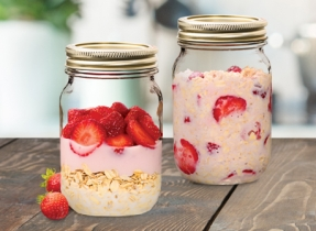 Strawberry Bonanza Overnight Oats