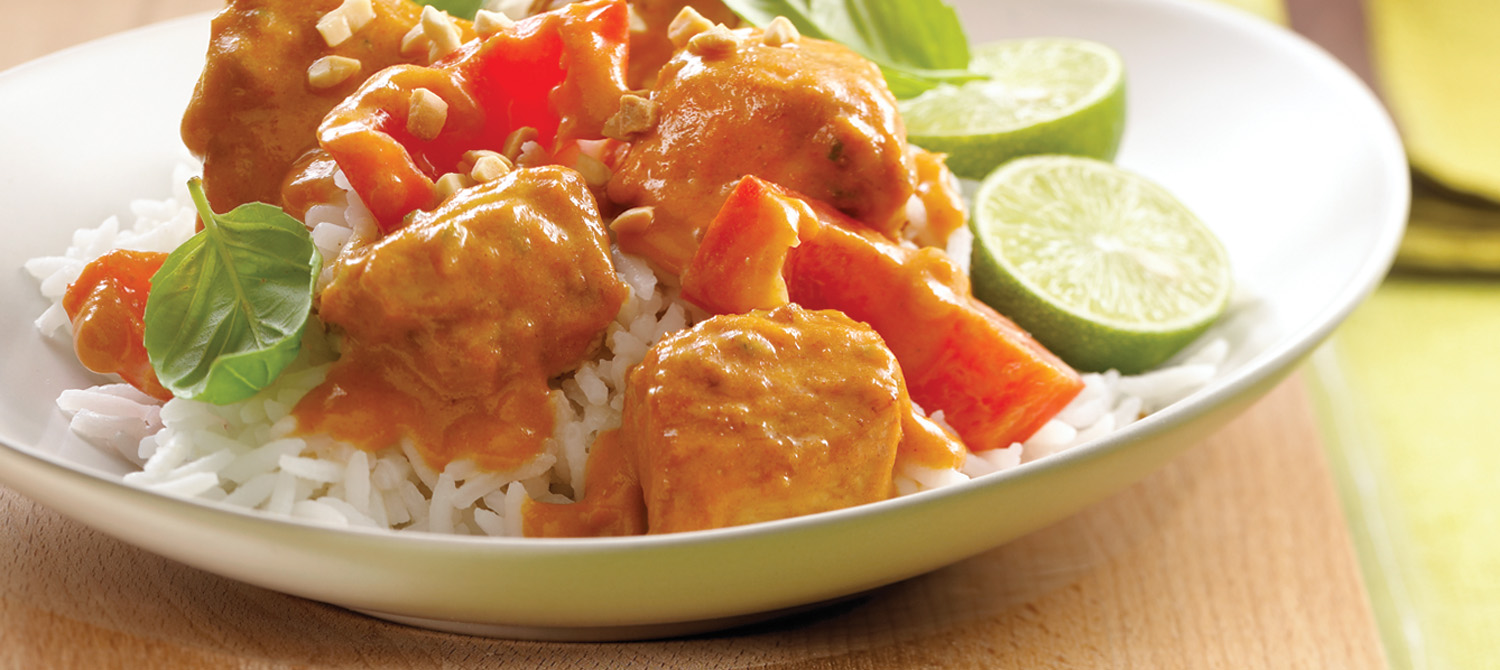 Thai curry chicken with red bell peppers recipe dairy for Best thai red curry