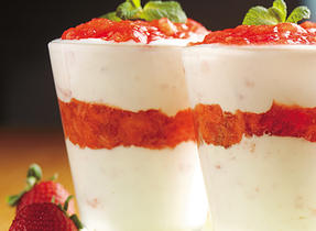 Vanilla Strawberry Parfaits