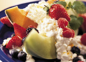 Very Berry Cottage Cheese Salad