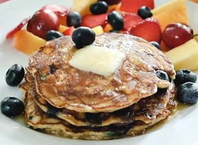 Very Berry Oatmeal Pancakes