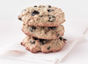 Soft & Chewy Oatmeal Chocolate Chip Cookies