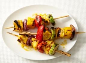 Spicy Mango Halloumi Brochettes