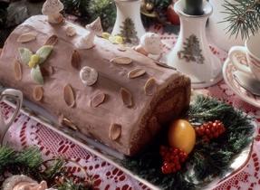 Hazelnut Festive Log