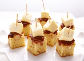 Cashew-caramel Brie blondies