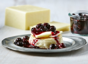 Blueberry jam with Canadian Aged Cheddar