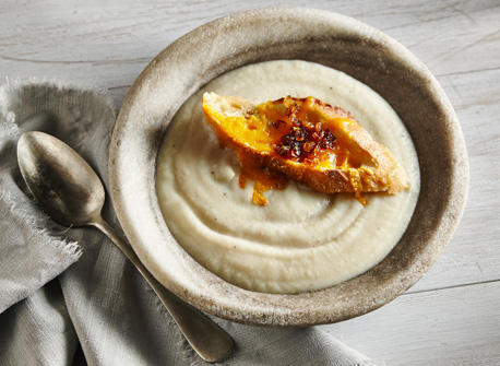 Cream of celeriac with Cheddar & onion Recipe