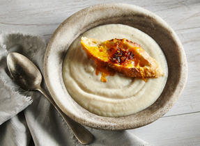 Cream of celeriac with Cheddar & onion