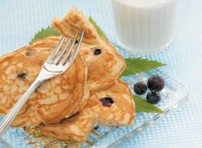 Golden Blueberry Pancakes