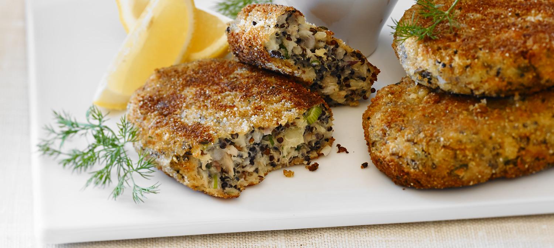 Quinoa Cakes with Lemon Yogurt Sauce recipe | Dairy Goodness