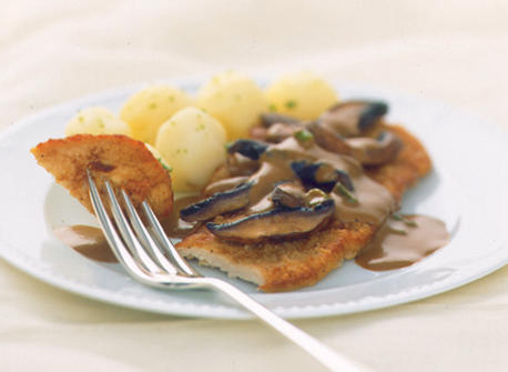 Veal Scaloppine with Mushroom Marsala Sauce recipe | Dairy Goodness