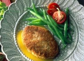 Chicken Parmesan Patties with Peach and Garlic Sauce