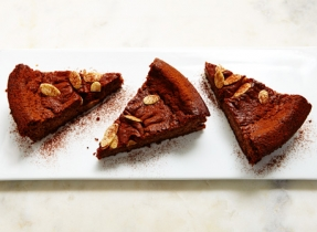 Ricotta cake with dark chocolate