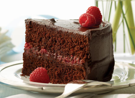 Chocolate raspberry celebration cake recipe dairy goodness for Recette gateau yaourt framboise