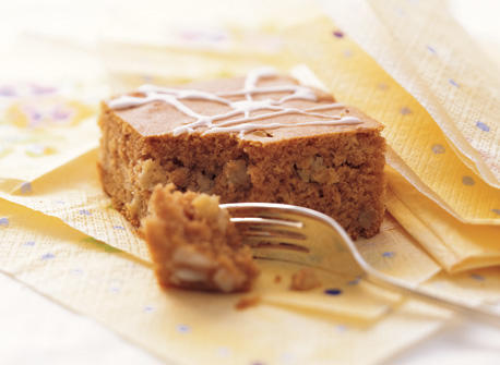 Flour Apple Snacking Cake Recipe