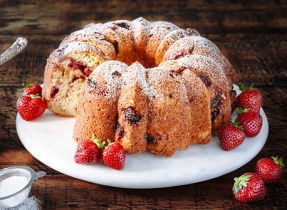 Strawberry and Rhubarb Swirl Coffee Cake