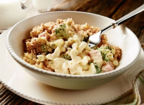 Hearty Ham & Broccoli Macaroni and Cheese