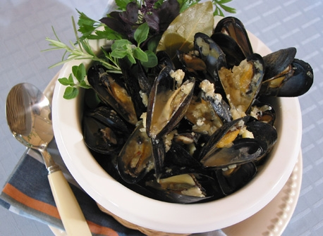 Mussels with Blue Cheese Recipe