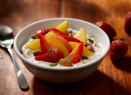 Peach, Strawberry and Almond Muesli  Recipe