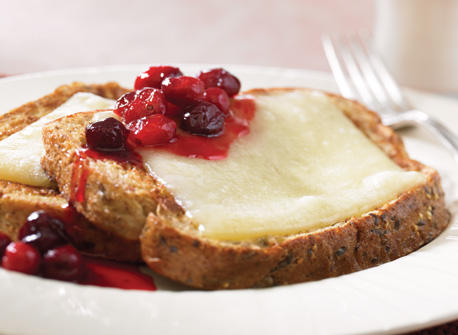 Honey Cranberry French Toast with Gouda Recipe