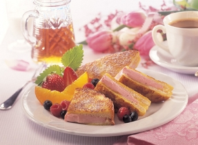 French Toasts Filled with Cream Cheese