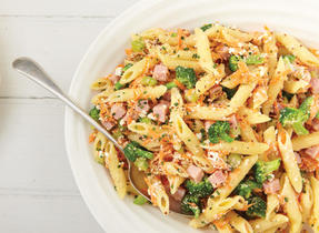 Pasta salad with Ricotta and ham