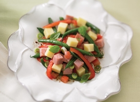 Lunchtime Ham, Vegetable and Cheddar Salad