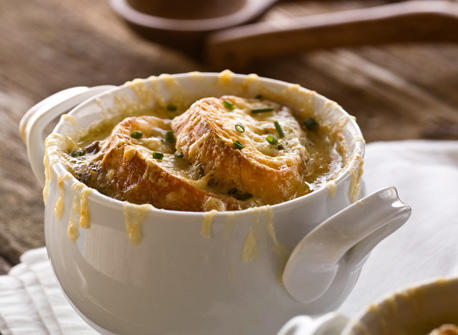 French Onion Soup with Croutons au Gratin Recipe