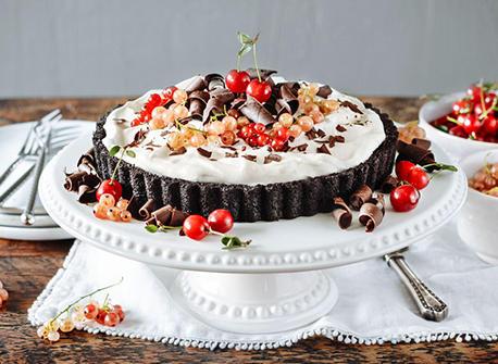 Mile-High Chocolate Pudding Pie Recipe
