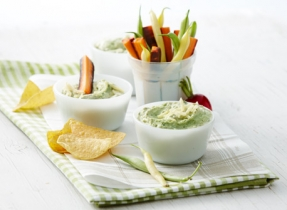 Ricotta, avocado and basil dip